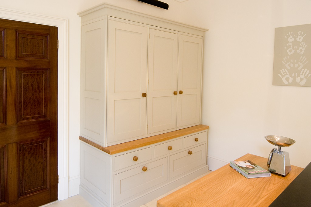Tayloed Kitchens - Strand House (8)