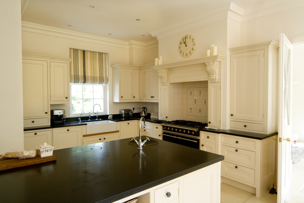 Taylored Kitchens - Strand House (2)